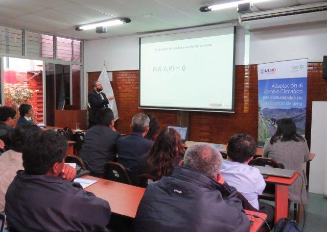 Álvaro Hopkins, especialista en formulación de Proyectos de Inversión Pública del Ministerio de Economía y Finanzas del Perú
