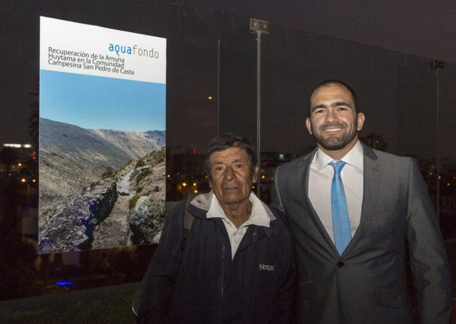 Sr. Celino Obispo, Presidente de la Comunidad Campesina de San Pedro de Casta junto a José Fernández, Especialista Ambiental de AQUAFONDO